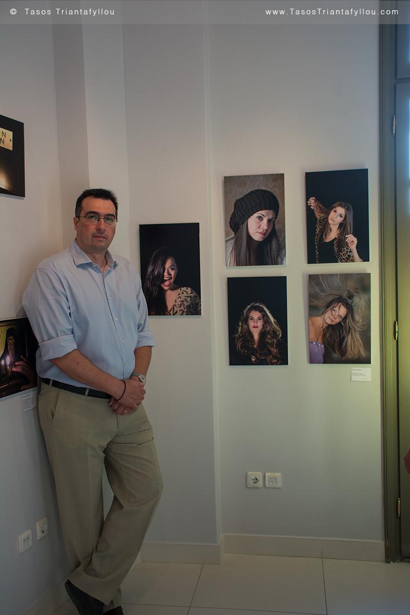 φαντάσου:Ελλάδα-Τριανταφυλλου