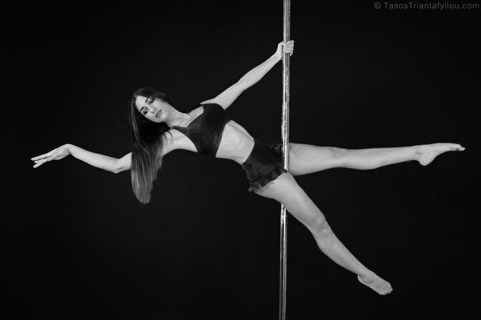 Maria_Savvidou_Pole_Dancer_010