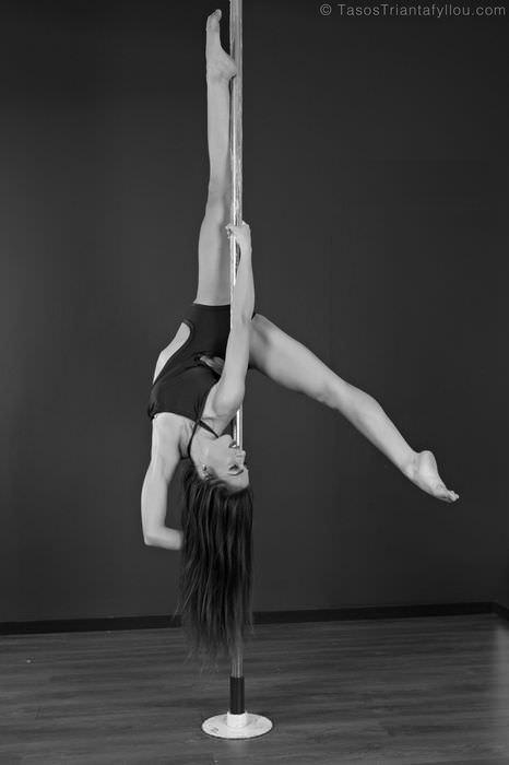 Maria_Savvidou_Pole_Dancer_020